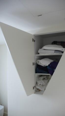 bathroom-cupboard