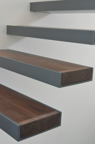 floating stairs detail